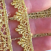 1/2 Inch Dagged Metallic Gold Venice Lace