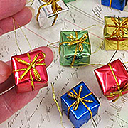 Wrapped Gift Box Ornaments - 3/4 Inch