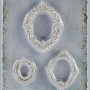 Shabby Chic Oval Resin Frames - 3 Small