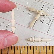 7/8 Inch Wood Finials