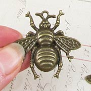 Giant Bronze Bee Charm*