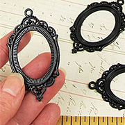 40x30mm Black Oval Setting*