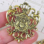 Crowned Crest Filigree - Gold