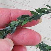Mini Holly Leaf Garland