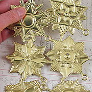 Fancy Gold Dresden Medallion Set