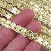 Gold Dresden Shell Border Strips