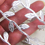 Stitched Leaf Ribbon - Silver
