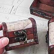 Mini Antiqued Treasure Box*