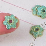 13mm Verdigris Flower Bead Caps